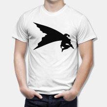 Тениска Батман - изчистена щампа на Батман в момент на скок
