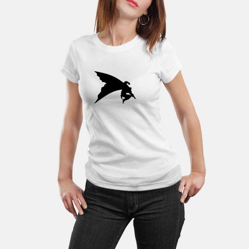 Тениска Батман - изчистена щампа на Батман в момент на скок в Мъжки тениски | в Tee.bg