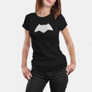 Тениска Батман - с модерното лого от филма Изчистена в Мъжки тениски | в Tee.bg